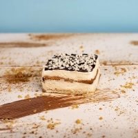 Домашна бисквитена торта с маскарпоне