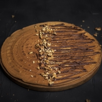 Палачинка с шоколад и орехи