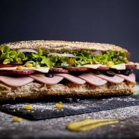 Сандвич мега месо