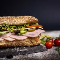 Сандвич шунка и кашкавал