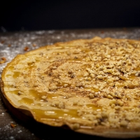 Палачинка с мед и орехи