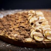 Палачинка с шоколад, банан и бисквити
