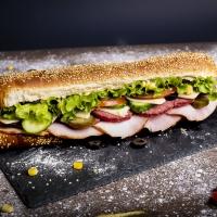 Сандвич свинско филе, флорентинер и кашкавал