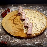 Палачинка със свинско филе и кашкавал